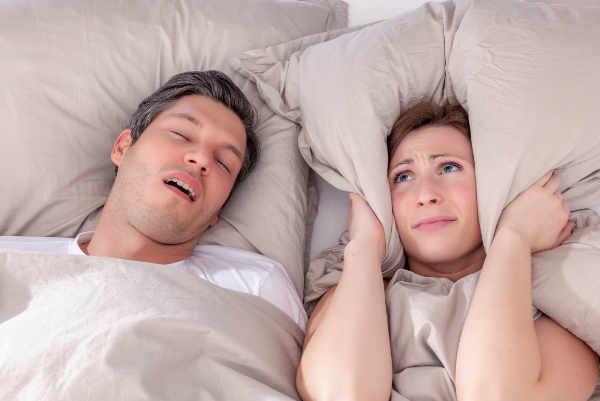 La apnea del sueño es un problema que afecta a niños y adultos y hace que el sueño no sea reparador